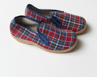 French Vintage 60/70's / canvas shoes / checkered in blue and red colours / new old stock / size 25 ( EU ) / 8 ( US )