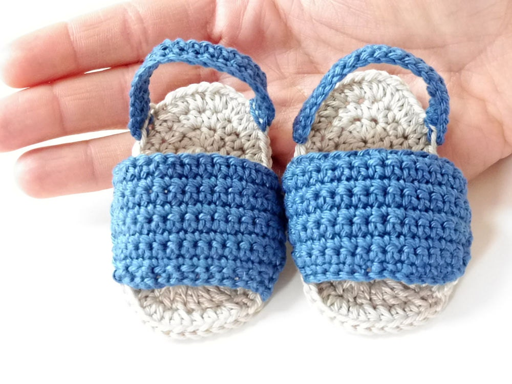 Sandalias beb dedos al aire a ganchillo Botas t