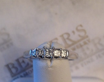 Vintage 14k white gold 5 Graduated Princess Cut Diamond wedding band or engagement ring .50 tw IJ-VS2-SI1, size 7.25