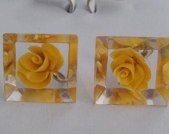 Vintage Yellow Rose  Lucite Screw Back Earrings 1950s