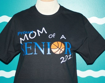 Proud basketball Mom t-shirt - Mom of a basketball player - senior mom t-shirt - mom of a senior 2018 shirt - graduation t-shirt for mom -