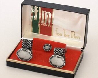 Silver Metal Cuff Links with Mesh Fold Over and Matching Tie Tack
