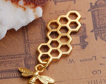 Gold Plate Honeycomb Pendant with Gold Plate Bee Dangle (181-2018)