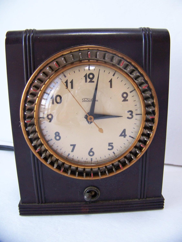 Description This is a vintage dark brown