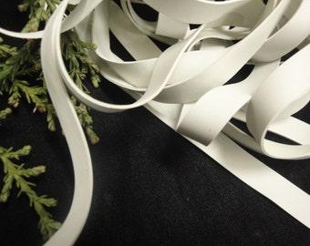 "15 yards of white 3/8"" Wide ( 9.5mm ) Rubber Swimwear Elastic/ dance wear elastic/ rubber elastic"