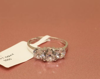 1.25ct Round Cut Diamond Solitaire Ring 14k White Gold Toned