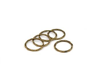5 closed rings