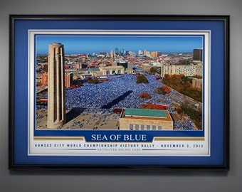 2015 Kansas City Royals World Series Rally Photo - 24x18