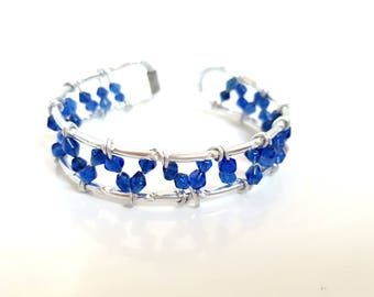 Bracelet Silver Aluminum wire and blue beads - handmade