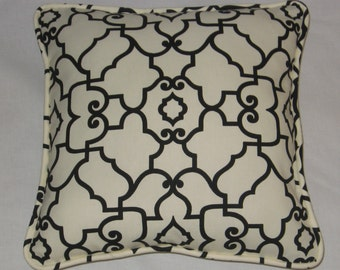 Black and White Design. Pillow Cover. Bold. Modern Look. Accent Pillow. Decorator Pillow. Home Decor. Handmade. Cording and Zipper Closure