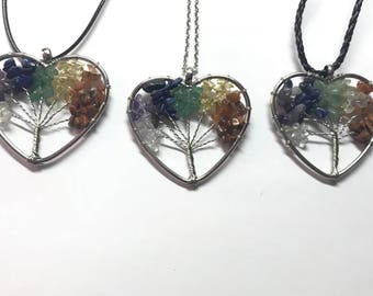 The heart wire wrapped necklaces
