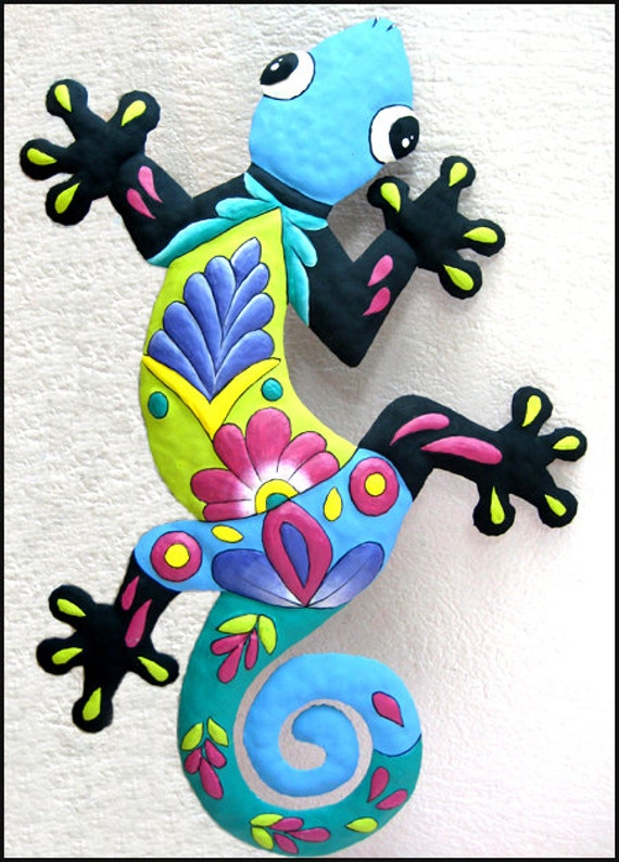 Outdoor Metal Art 24 Painted Metal Gecko Garden Art