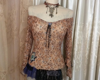 Boho Peasant Top, light brown, romantic sexy, lace hem, black lace trim, boho shirt, gypsy clothes, lace hemline, half bell sleeves SMALL
