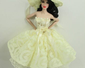 Barbie Doll Fashion lace Gown Dress and hat Royalty W28