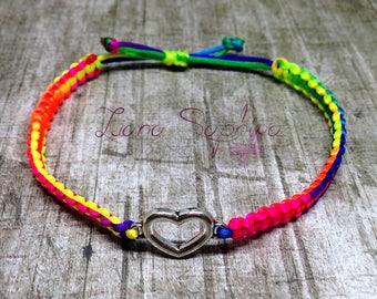 Macrium bracelet neon with heart pendant