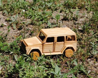 Car-Car toy-wooden car toy-wood car-waldorf car-Mercedes-Benz car-Geländewagen car-automobile toy