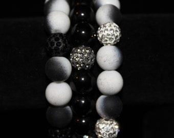 Black and white elastic bracelet set