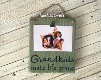 Grandkids make life grand, Grandkids sign, Grandkids picture holder, Grandkids picture frame, Gifts for grandparents, Mothers Day gift
