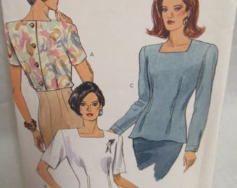 Vogue 8257 Misses' Blouse, Very Easy, Very Vogue, Sizes 6 to 10, Uncut, Factory Fold