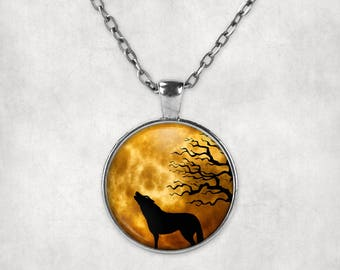 Wolf Necklace, Howling Wolf Pendant, Howling Wolf Jewelry, Wolf Pendant, Howling Wolf, Wolf Jewelry, Wolf Lover Gift, Wolf Charm, Wolf Gift