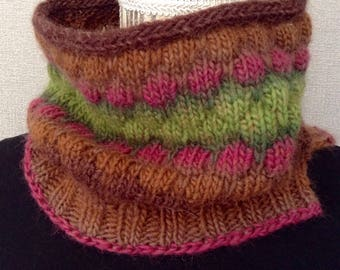 Cowl handknitted in pure wool, neck warmer, scarf, snood, collar