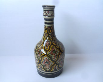 Morocco safi bottle traditional Islamic pottery. Moroccan hand painted glazed arabesque style safi ware vase abstract geometric design