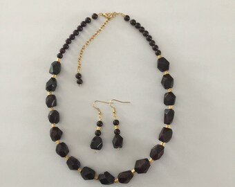Garnet Nugget Gemstone and 24K Gold Plated Handmade Necklace and Earrings Jewelry Set
