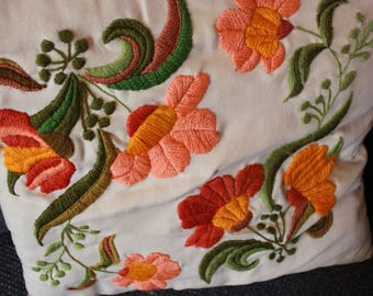 ON SALE | Gorgeous Embroidered Vintage Floral Throw Pillow