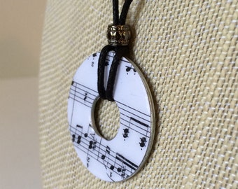 1 Music Note Washer Necklace