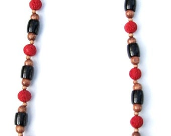 long chunky beaded necklace- red, black, and tan