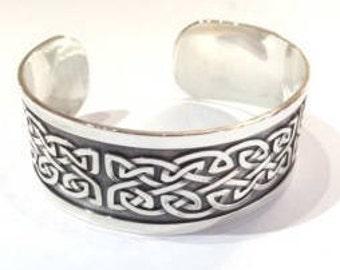Gents wide Celtic cuff bangle