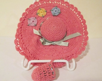 Vintage Crocheted Hat Thimble and Needle Pin Holder Hand Made 1940s