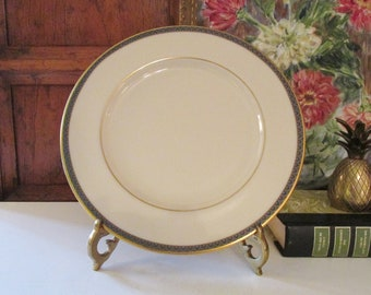 Vintage Patriot Dinner Plate by Lenox, Elegant Dining, Gold Trim, 1980's, Holiday Table, Wedding China