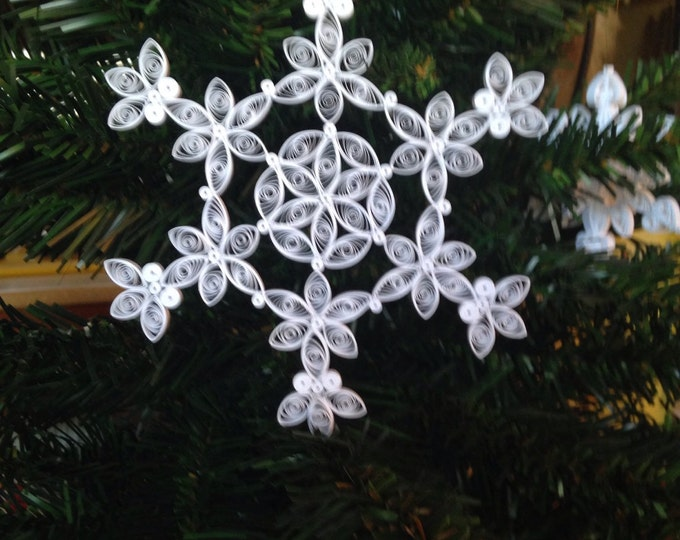 "Quilling, Snowflake design for 2013 ""Poinsettia flower"" Ornament"