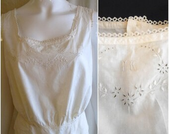 """Vintage Edwardian Camisole 1900s White Cotton Top With Lace and Embroidery 38"""" bust"""