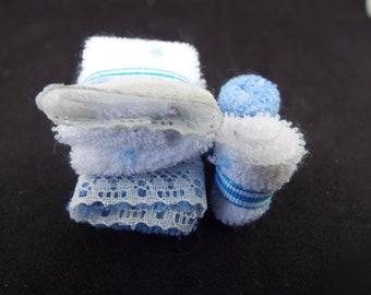 1/12 Scale Dollhouse Towel Bale, Blue