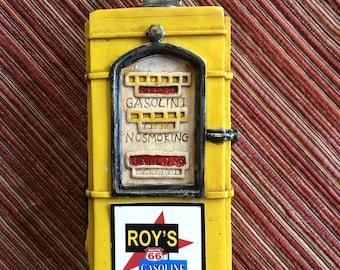 Toy Gas Pump,Miniature Gas Pump,Gas Station Toy,Gas Pump FIgurine,Gas Pump Model,Route 66 Toy,Route 66 Souvenir,Automotive Toy,Car Figurine