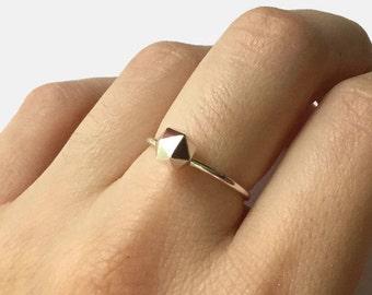 Sterling silver rock ring, icosahedron ring silver nugget ring pebble ring, geometric ring, Handmade faceted ring fake diamond ring