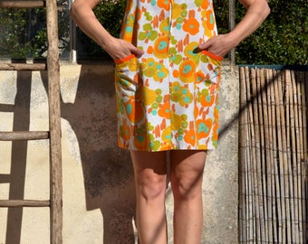 """Flowered dress """"Featured"""" french vintage 60-70's dress flower power Mini dress year 60 Floral mini dress Yellow cotton mini dress"""