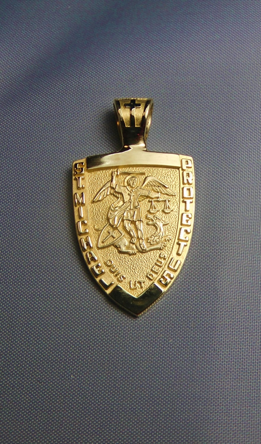 St michael medal 14k gold archangel patron saint of police zoom mozeypictures Image collections