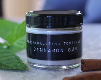 "Remineralizing Toothpaste ""Cinnamon Bun"""