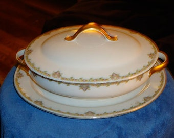 Circa 1900 Wm. Guerin and Company Limoges, France Porcelain Covered Server and Matching Plate