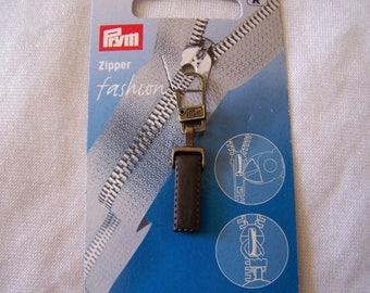 Pull for zipper, sheer pattern (482502)