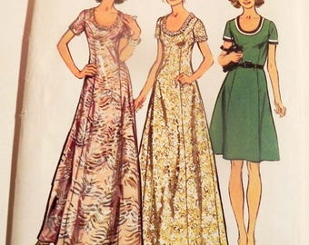 """1970s Princess Line Maxi Dress scoop neck vintage sewing pattern Maxi Simplicity 5967 Size 14 Bust 36"""""""