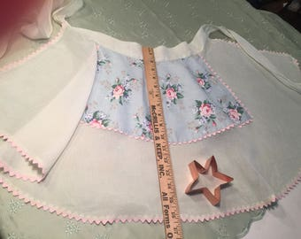 ROSES and Rose Buds on Sheer Pale Green Woman's Half APRON.  Beautiful!