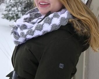 Crochet Infinity Scarf - Grey Heather & White (Multicolored)