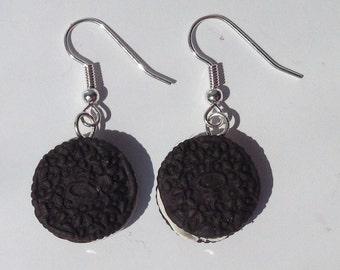 Earrings Biscuit, Cookie round black