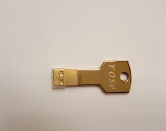 2 PCS Flash drive, U disk USB 2.0-------- Capacity 8 GB