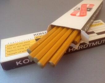 Bois de crayons en boîte de papier, crayons vintages de koh-i-noor, 12pcs Tchécoslovaquie Kohinoor L. & C. Hardtmuth inutilisé