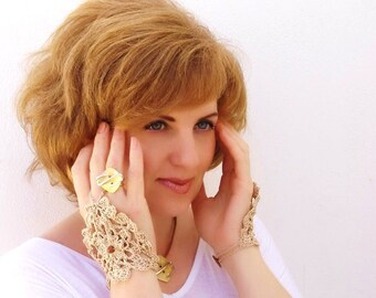 Crochet Lace Mittens, Fingerless Gloves, Hand jewelry, Victorian, Sexy, Lolita, Yoga, Bracelet, Dance, Steampunk